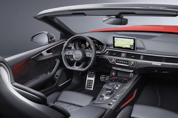 Audi S5 Cabrio Cockpit