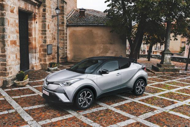 Toyota C-HR Hybrid Front