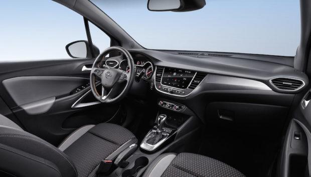 Neuer Opel Crossland X Cockpit