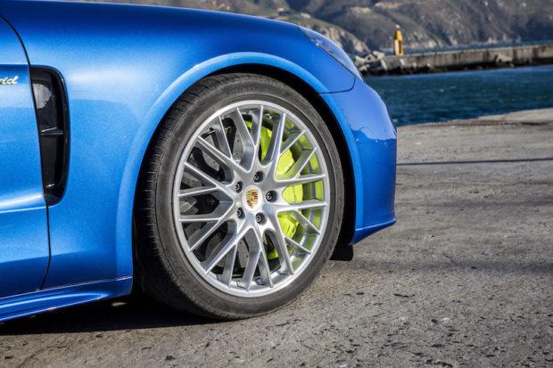 2017 Porsche Panamera 4 E-Hybrid Bremse gruen