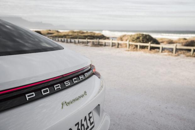 2017 Porsche Panamera 4 E-Hybrid Schriftzug