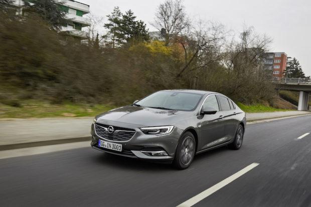 Opel Insignia Grand Sport Grau Front