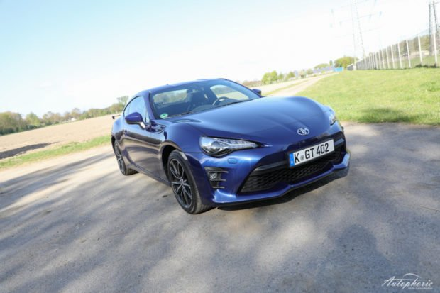 Toyota GT86 2017 Facelift Front