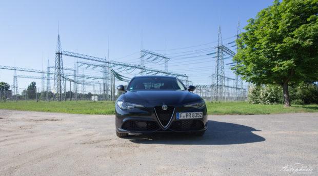 Alfa Romeo Giulia Veloce Front
