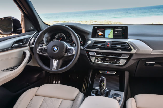BMW X3 M40i Cockpit