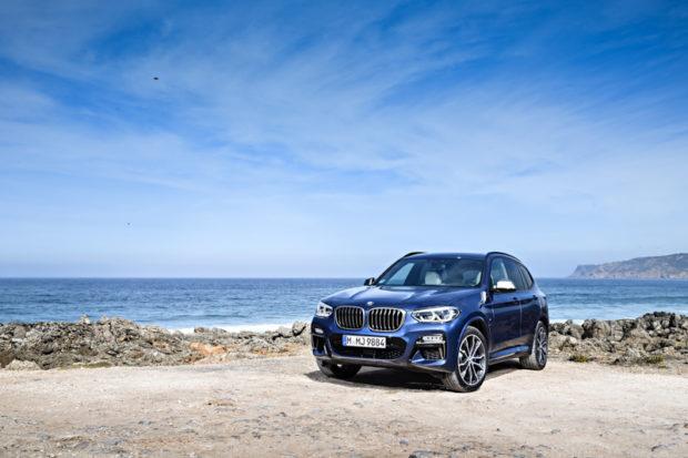 BMW X3 M40i blau