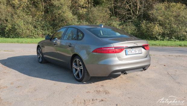 Jaguar XF 25d Portfolio Heck
