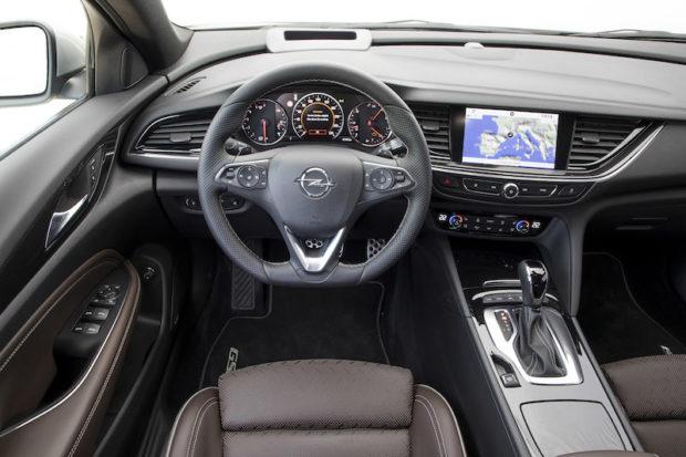 Opel Insignia GSi Innenraum