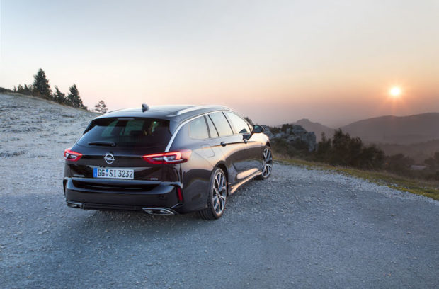 Opel Insignia GSi Sports Tourer Heck