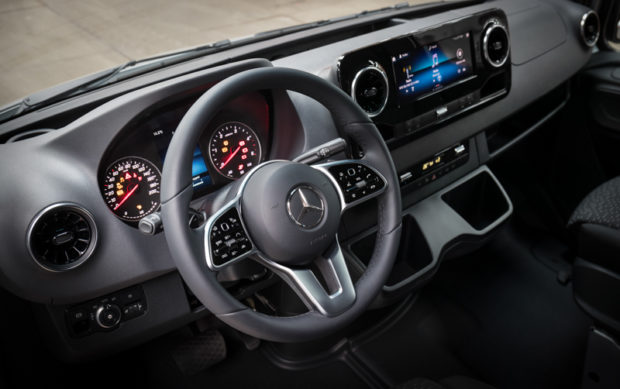 Cockpit 2018 Mercedes Sprinter