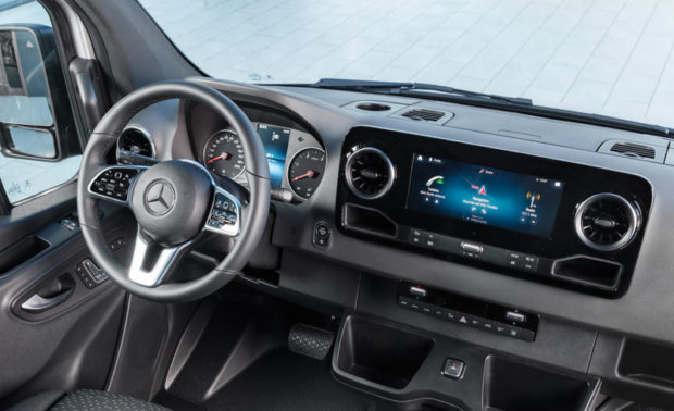 Mercedes-Benz Sprinter MBUX Cockpit