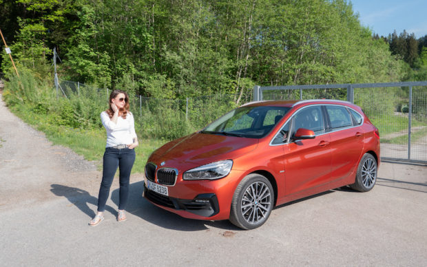 BMW 218i Active Tourer Front Sunset Orange Sport Line