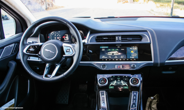 Jaguar I-Pace Cockpit