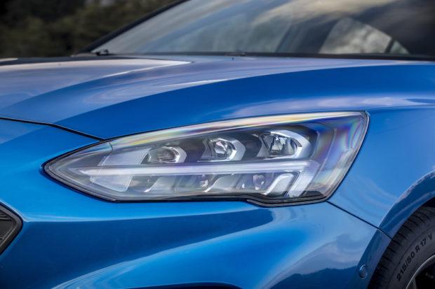 Ford Focus ST Line LED Scheinwerfer