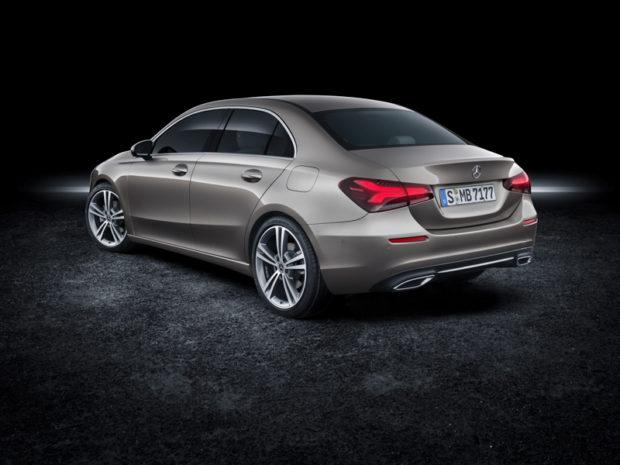 2018 Mercedes-Benz A-Klasse Limousine V177