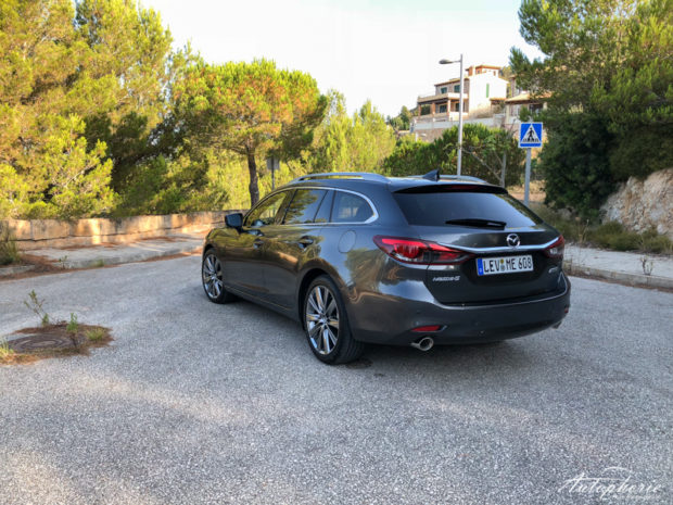Mazda6 Facelift 2018 Matrixgrau Metallic Heckansicht