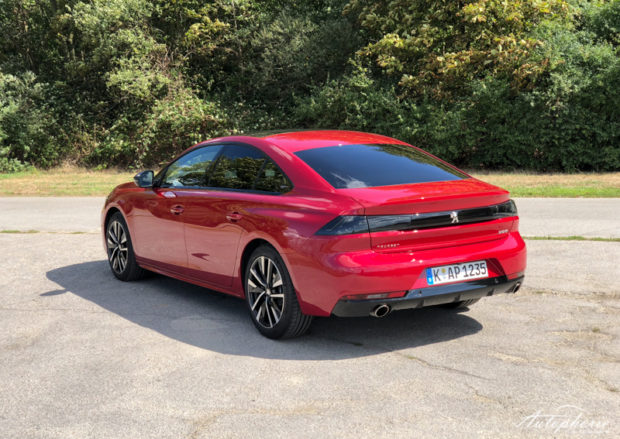Peugeot 508 GT Heck Ultimate Red
