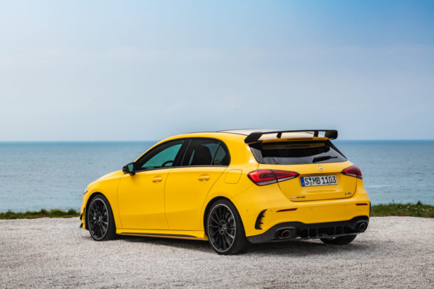Mercedes-AMG A 35 4MATIC Sun Yellow Heck
