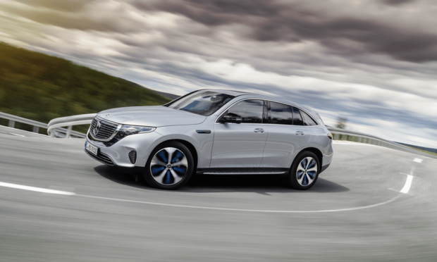 mercedes-benz-eqc-2018-006