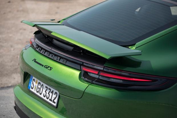 Porsche Panamera GTS Spoiler