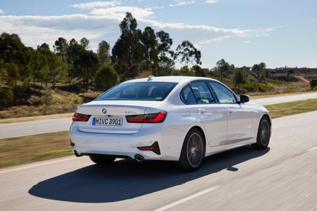 BMW 320d Sport Line G20 Limousine weiss heck