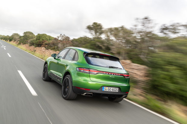 Porsche Macan Facelift Mamba Green Metallic Heck