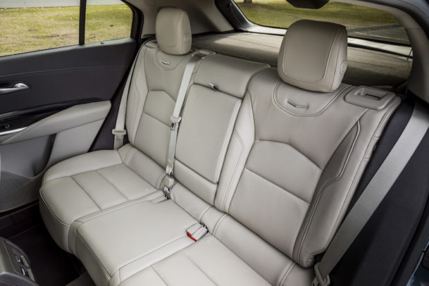 Cadillac XT4 Fond