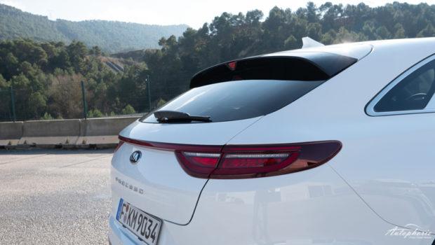 2019 Kia ProCeed GT weiss Heckscheibe