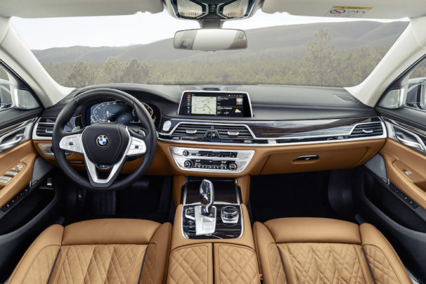 BMW 7er G11 LCI Cockpit