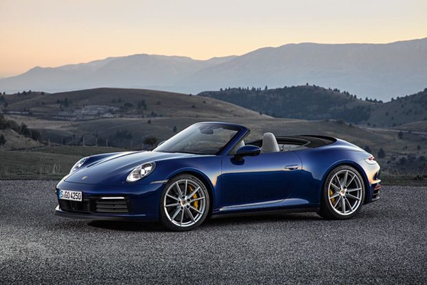 Porsche 911 Cabriolet 992 Blau