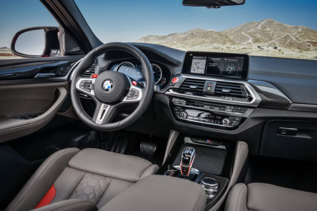 BMW X4 M Competition Cockpit