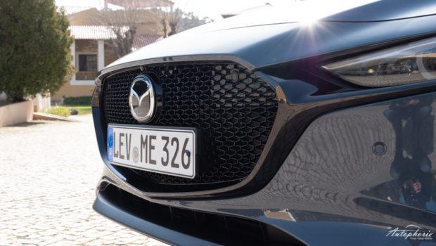 Mazda3 Skyactiv-G 2.0 M Hybrid Hatchback Grill