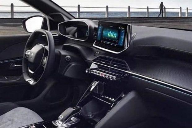Peugeot 208 neues Cockpit