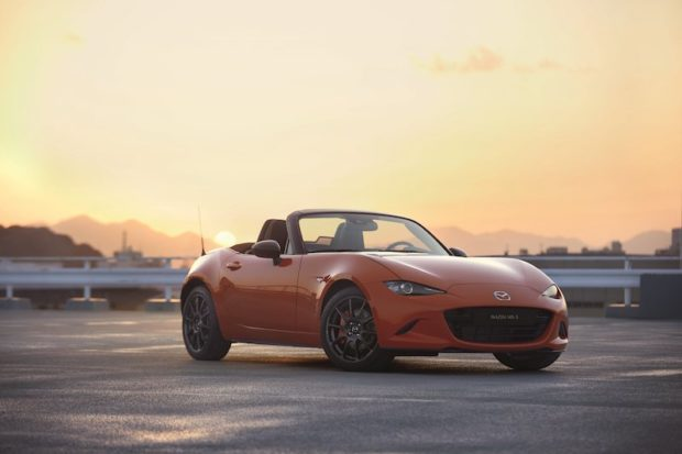 Mazda MX-5 30th Anniversary Racing Orange