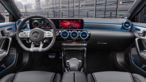 2019 Mercedes-AMG A35 Limousine Cockpit