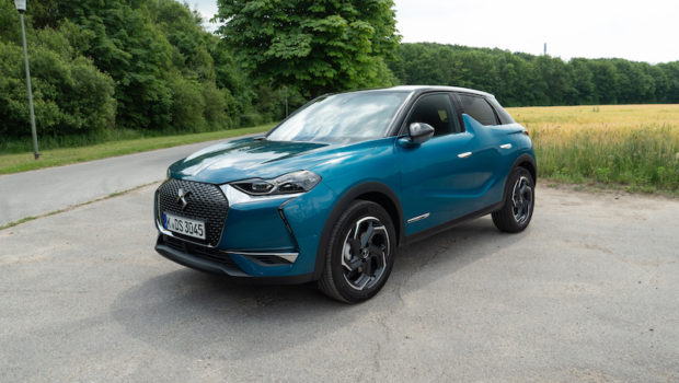 DS3 Crossback Millenium Blue Front