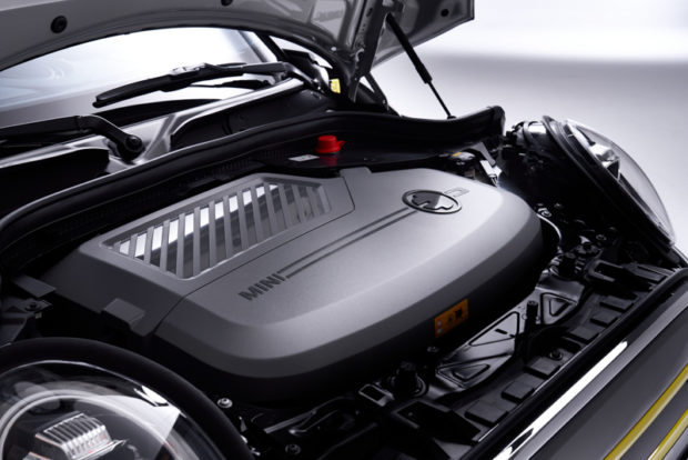 MINI Cooper SE Elektromotor