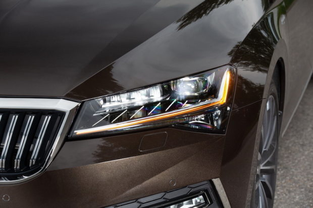 Skoda Superb 2019 Facelift Matrix LED