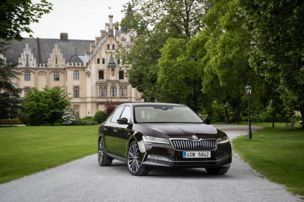 Skoda Superb 2019 Facelift