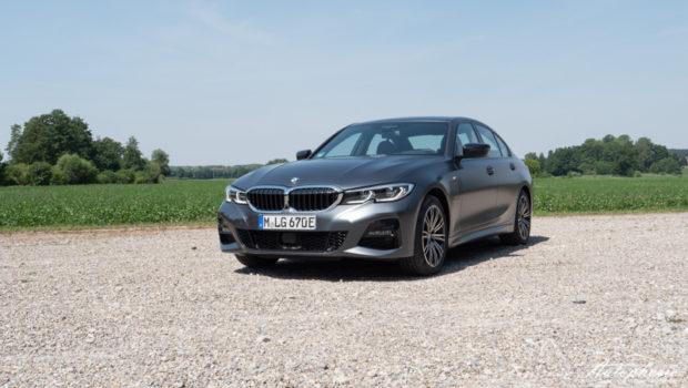 BMW 330e Limousine Front