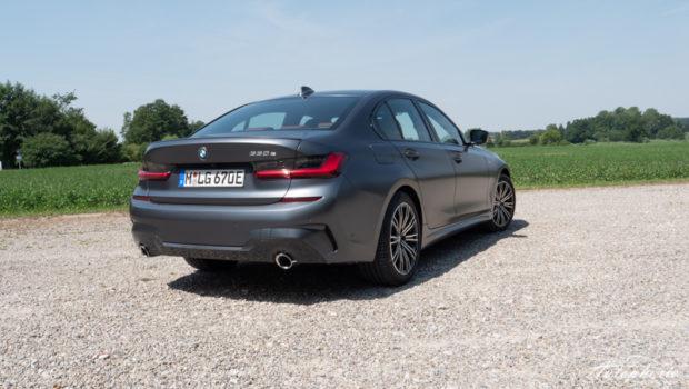 BMW 330e Limousine Heck