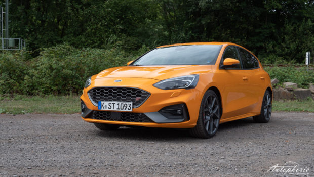 Ford Focus ST Orange Fury