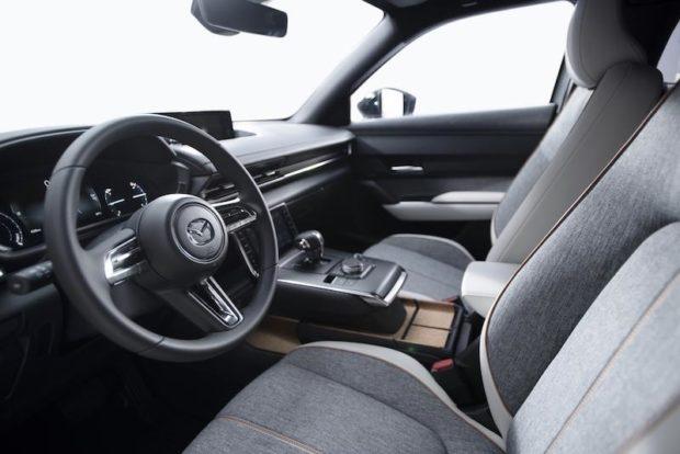 2020 Mazda MX-30 Elektroauto Sitze Innenraum