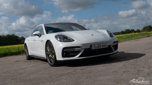 Panamera Turbo S E-Hybrid weiss Front