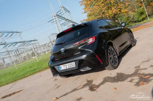 Toyota Corolla 2.0 Hybrid Heckansicht 5Türer