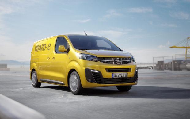 Opel Vivaro-e fahrend