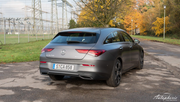 CLA 250 Shooting Brake Heckansicht Progressive