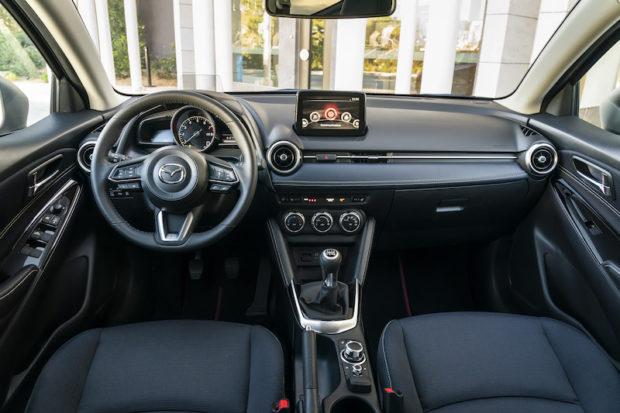 2020 Mazda2 Innenraum
