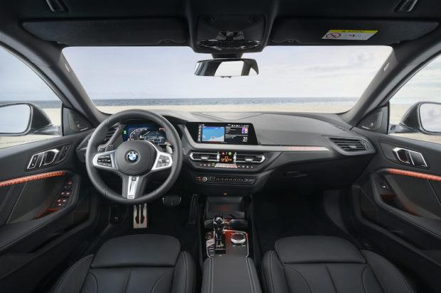 BMW 2er Gran Coupé Model M Sport Cockpit