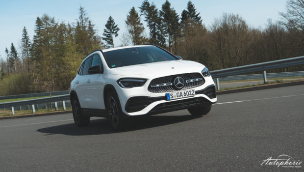 GLA 250 4MATIC 2020 Digitalweiss